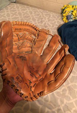Macgregor Pete rose baseball glove for Sale in Phoenix, AZ