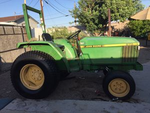 1993 John Deere 870 tractor for Sale in Phoenix, AZ