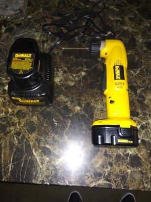 Dewalt right angle drill (14.4v 220 bolts) for Sale in Irwindale, CA