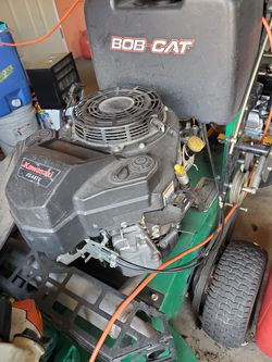 Bobcat 32in walk behind mower Like New for Sale in Chicago,  IL