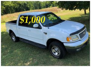 $1,000 URGENT For sale 2002 Ford F-150 XLT 4x4 very clean condition for Sale in Madison, WI