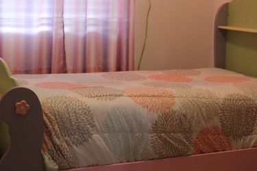 bedroom set (complete) for Sale in Syracuse,  UT