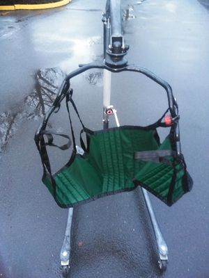 Para mover personas. 400 lbs for Sale in Wilsonville, OR