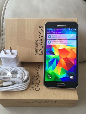 Samsung Galaxy S5 - excellent condition, factory unlocked, clean IMEI for Sale in Springfield, VA