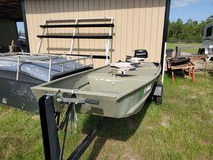 14 ft aluminum John Boat for Sale in Dona Vista, FL