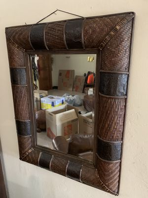 Free!! Pair mirrors for Sale in Miami, FL