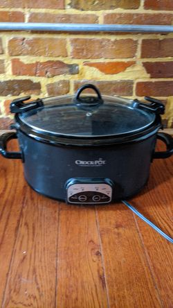 Crock Pot 6qt slow cooker for Sale in Baltimore,  MD