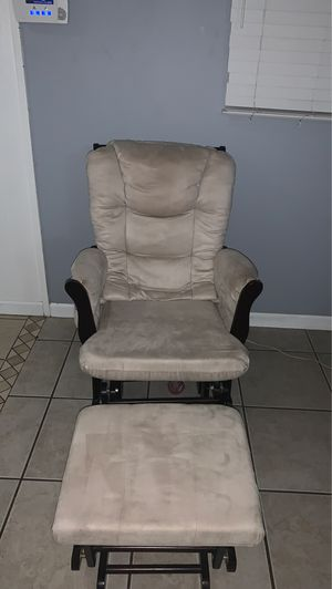 Glider chair with ottoman for Sale in Whittier, CA