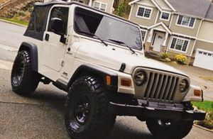 Clean Overall Jeep Wrangler 2003 low PRICE for Sale in St. Louis, MO