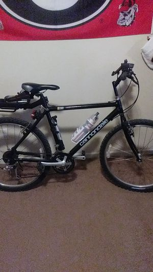 Connondale m300 mountain bike with lights for Sale in Killeen, TX