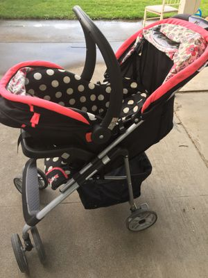 FREE Minnie Mouse stroller and car seat for Sale in Kennewick, WA