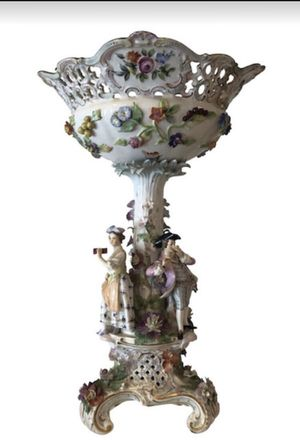 """Antique German Porcelain Figural Banquet Table Centerpiece 18th century 17"""" Height for Sale in Miami, FL"""