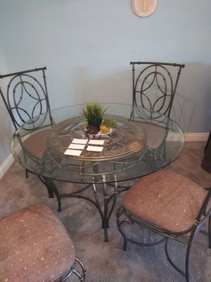 Kitchen table and chairs for Sale in Taylorsville, UT