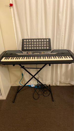 Yamaha psr-gx76 very good condition piano for Sale in Los Angeles, CA