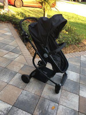 Evenflo Urbini Omni Plus Travel System with LiteMax Infant Car Seat for Sale in Boynton Beach, FL