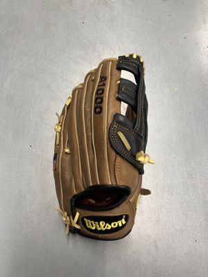 """Wilson A1000 1799 12.5"""" Glove for Sale in Fullerton, CA"""