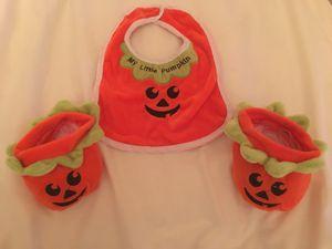 Infant Halloween Pumpkin Bib and Booties Set for Sale in Fontana, CA