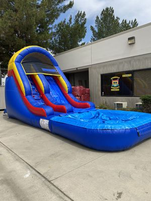 WATER SLIDE ..!!!! super Fun...RNT ONLY! for Sale in San Jacinto, CA