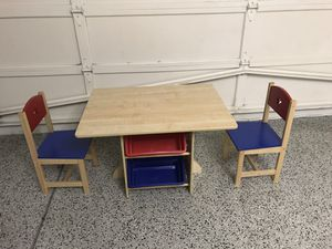 Kid Kraft star table and chair set for Sale in Fremont, CA