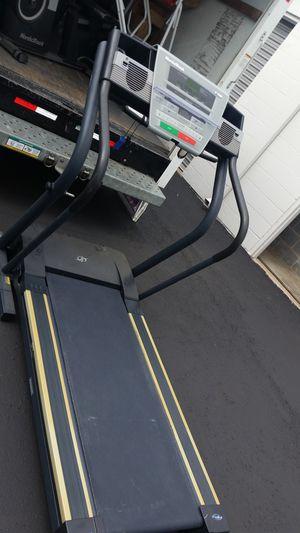 Treadmill is NordicTrack for Sale in Dallas, TX