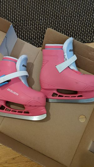 Bauer Lil Angel Hockey Skates Size 8/9 for Sale in Frederick, MD