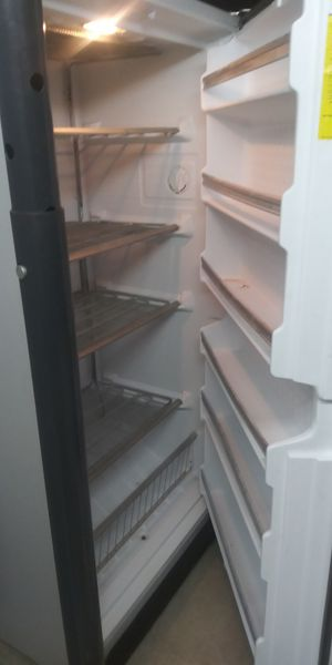 Crosley upright deep freezer for Sale in St. Louis, MO