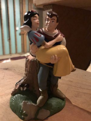 Walt Disney Store Lil Classics figurine Snow White & Huntsman for Sale in McDonough, GA