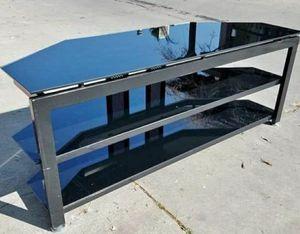 """Mueble para tv hasta 65"""" pulgadas for Sale in Rialto, CA"""