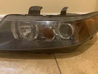 04-05 TSX driver side Headlight for Sale in Chicago,  IL