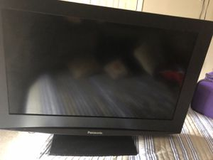 Panasonic 32 inch LCD TV for Sale in Charlotte, NC
