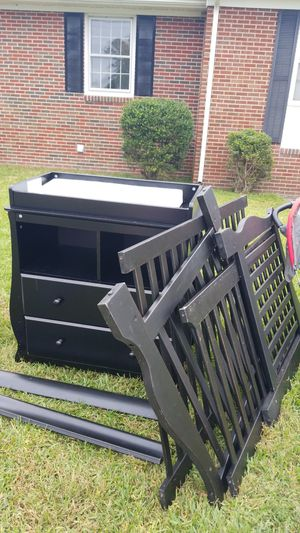 Changing table and crib for Sale in Suffolk, VA