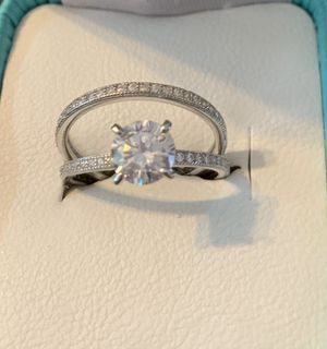 Wedding rings size 8 silver 925 for Sale in CARPENTERSVLE, IL