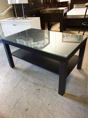 Coffee table solid wood top glass 35.5'×21.5' height 18' in excellent condition for Sale in Sunrise, FL