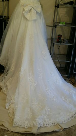 Wedding dress never use for Sale in San Diego, CA