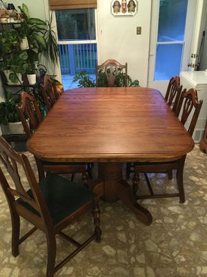 Kitchen Table Wood (seats 12-14) for Sale in Clay City, KY