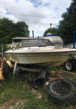 Malibu ski boat for Sale in Delray Beach, FL