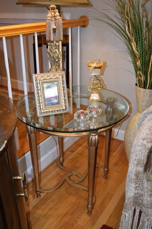 Gorgeous Danker Furniture Round End Table (Set of 2) $500/Each for Sale in Vienna, VA