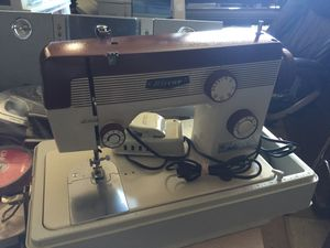 Riccar sewing machine model YM-40SR for Sale in Allentown, PA