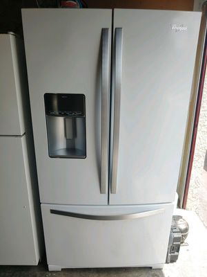 REFRIGERATOR FRENCH DOOR WHIRLPOOL W 35 3/4 D 29 H 69 $449 for Sale in Santa Ana, CA