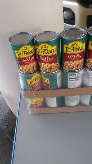 Free diferentes latas de comida for Sale in Houston, TX