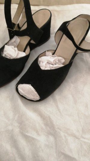 Vintage 1920s shoes size approx 5 to 5.5 for Sale in Las Vegas, NV