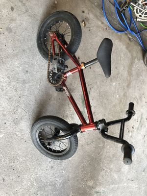 Tiny Kink Bicycle for Sale in Zephyrhills, FL