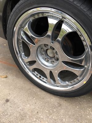 Universal rims if you guys have 150 you take it for Sale in Avon Park, FL