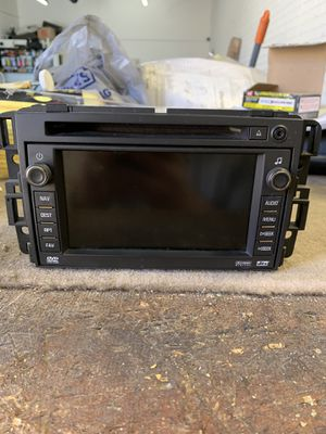 2007 Yukon factory stereo for Sale in Phoenix, AZ