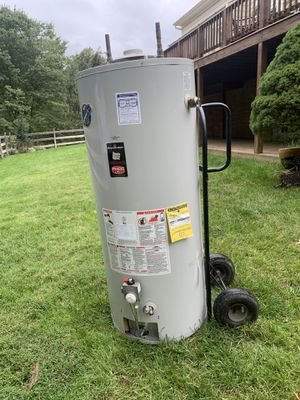 75 gallons Gas water heater. for Sale in Fairfax, VA