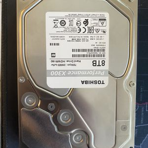 TOSHIBA HARDDRIVE 8TB 7200 RPM 256 MB Cache for Sale in Miami Gardens, FL