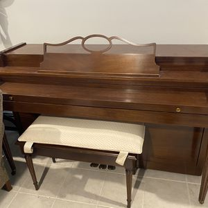 Howard Upright Piano for Sale in Queens, NY