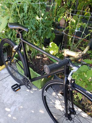 Fixed speed bike light weight for Sale in Alameda, CA