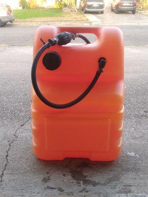6 Gallon Attwood Marine Fuel Tank for Sale in Auburn, WA