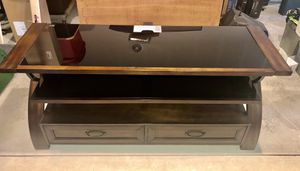 TV stand in good condition 56 in wide x 18 in deep x 24 in high with 2 drawers for Sale in Orondo, WA